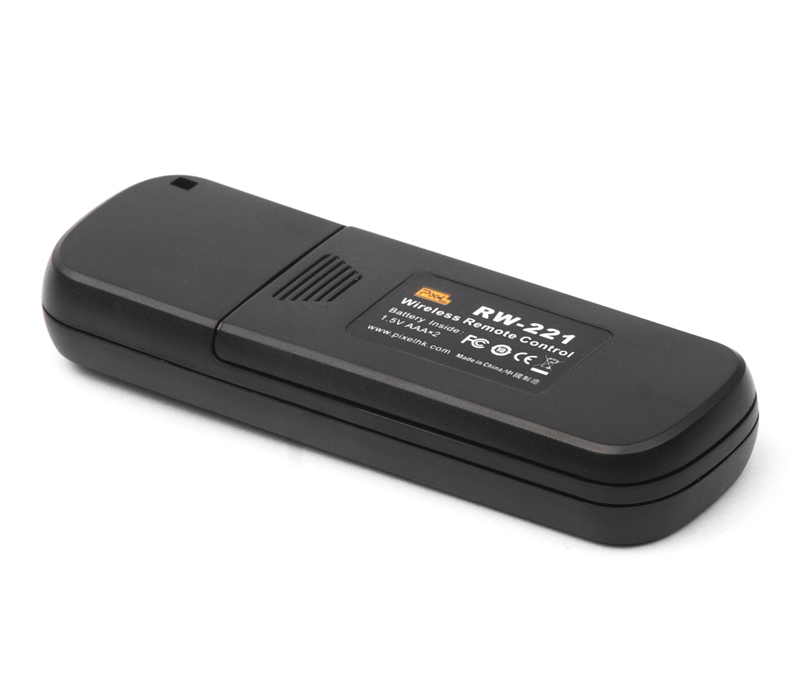 Pixel Oppilas-RW-221 high performance wireless shutter remote control, powerful function, light, convenient and arbitrary control.