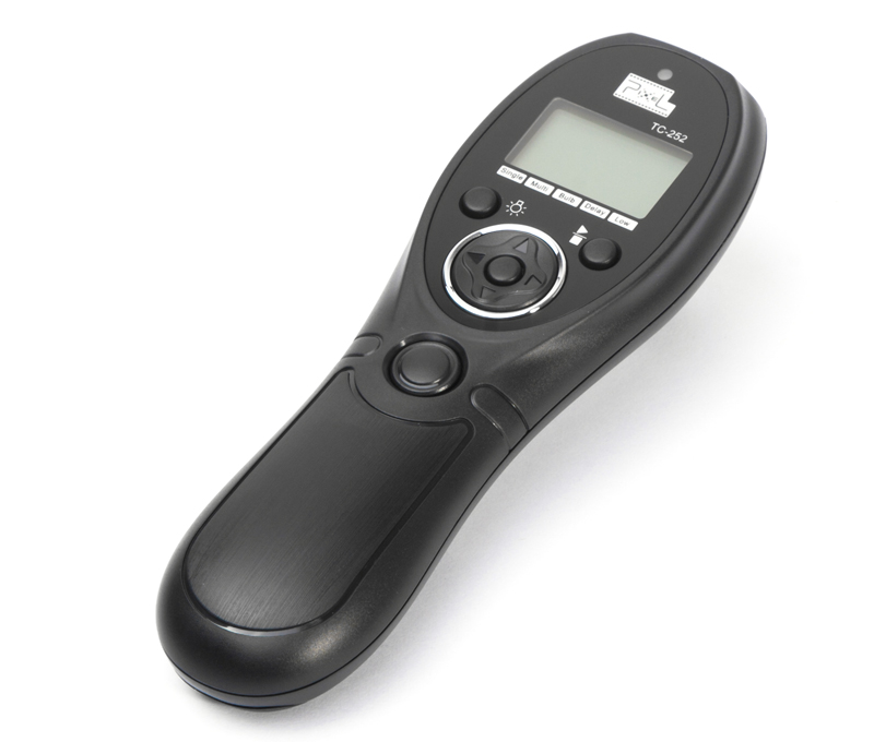 Pixel TC-252 Wired Timer Remote Control, light, convenient and controlled at will.