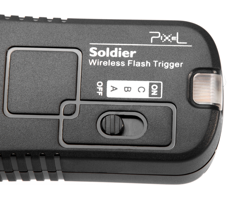 Pixel Soldier Sony (TF-373) wireless flash group/shutter remote control, wireless control and wake up at will.